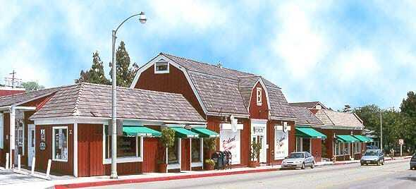 """Gwyneth Paltrow's Goop Store Opens with a """"Pop"""" in Brentwood"""