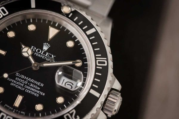 Rolex Bezels: How to use the Dive Bezels on the Submariner and the Sea-Dweller